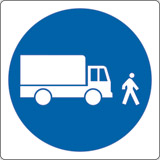 Adhesive sign cm 4x4 vehicles keep to walking pace