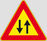 Iron sign with reflective adhesive class 1 side cm 90 2-way traffic straight ahead