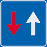 Iron sign with reflective adhesive class 1 cm 60x60 have priority on alternate one way